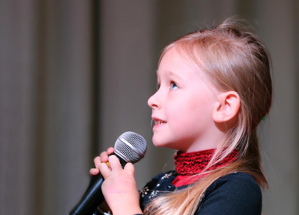 Nombres para niña de cantantes del 2020